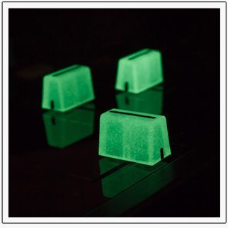 glow-in-the-dark-chroma-cap-faders