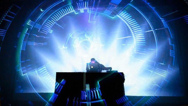 Visualizers For DJs: 3 Simple DIY Solutions - DJ TechTools
