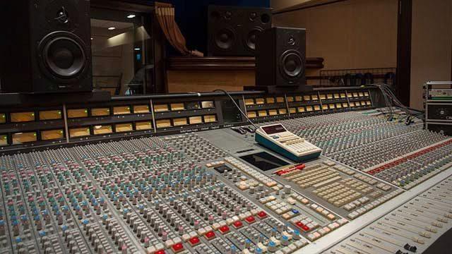 Become An Audio Engineer: Top Recording Schools - DJ TechTools