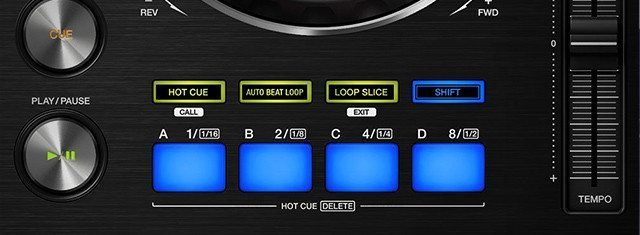 The familiar bottom-of-deck controls from the DDJ line...