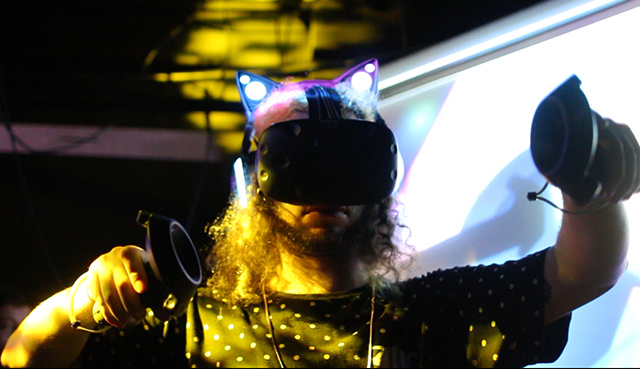 The Future Of DJing: VR DJ Sets With TheWave - DJ TechTools